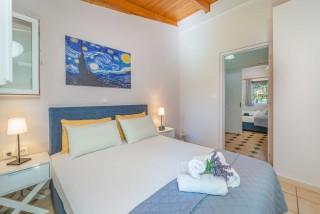 apartment for 4 villa flisvos cozy bedroom