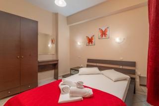 apartment for 4 villa flisvos elegant room