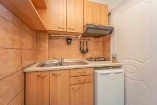 apartment for 4 villa flisvos kitchenette