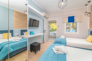 apartment for 4 villa flisvos room facilities