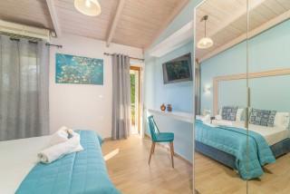 apartment for 4 villa flisvos the bedroom