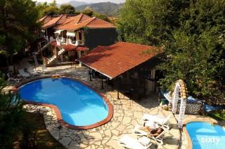 villa-flisvos-complex
